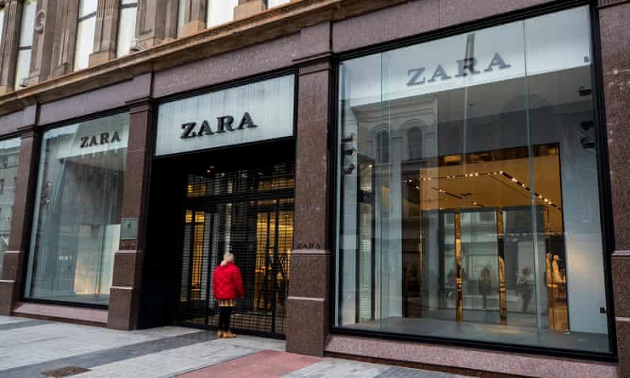 A closed Zara store