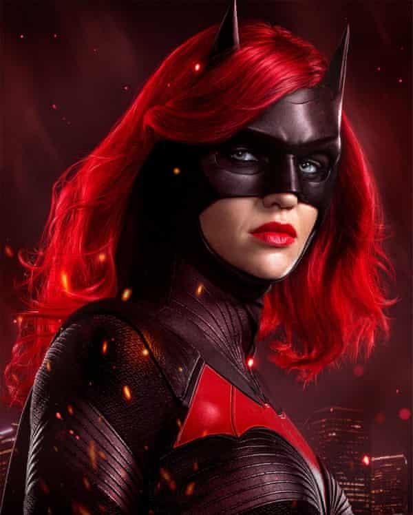 رز در نقش بت زن