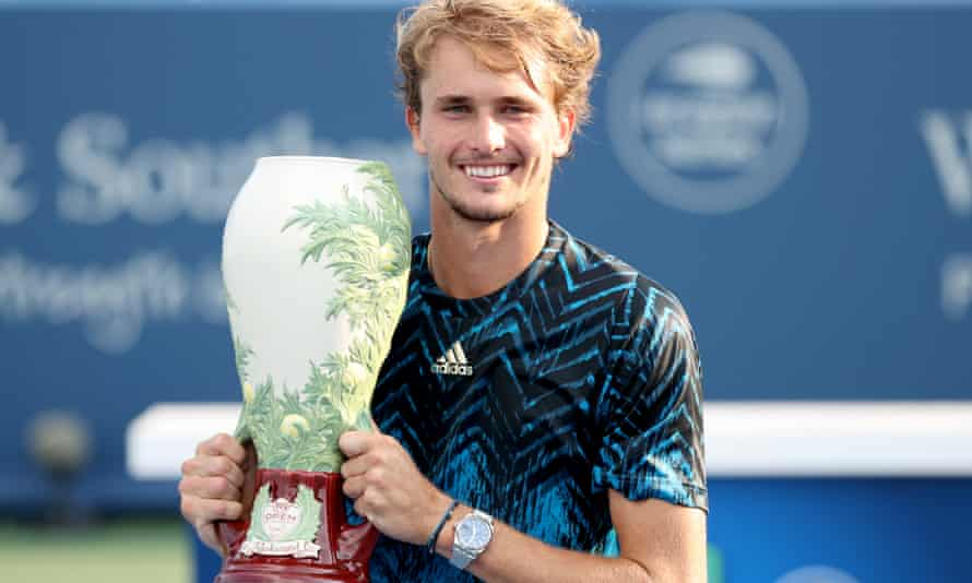 Alexander Zverev with the Western & Southern Open trophy