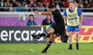 New Zealand's Richie Mo'unga converts a try.