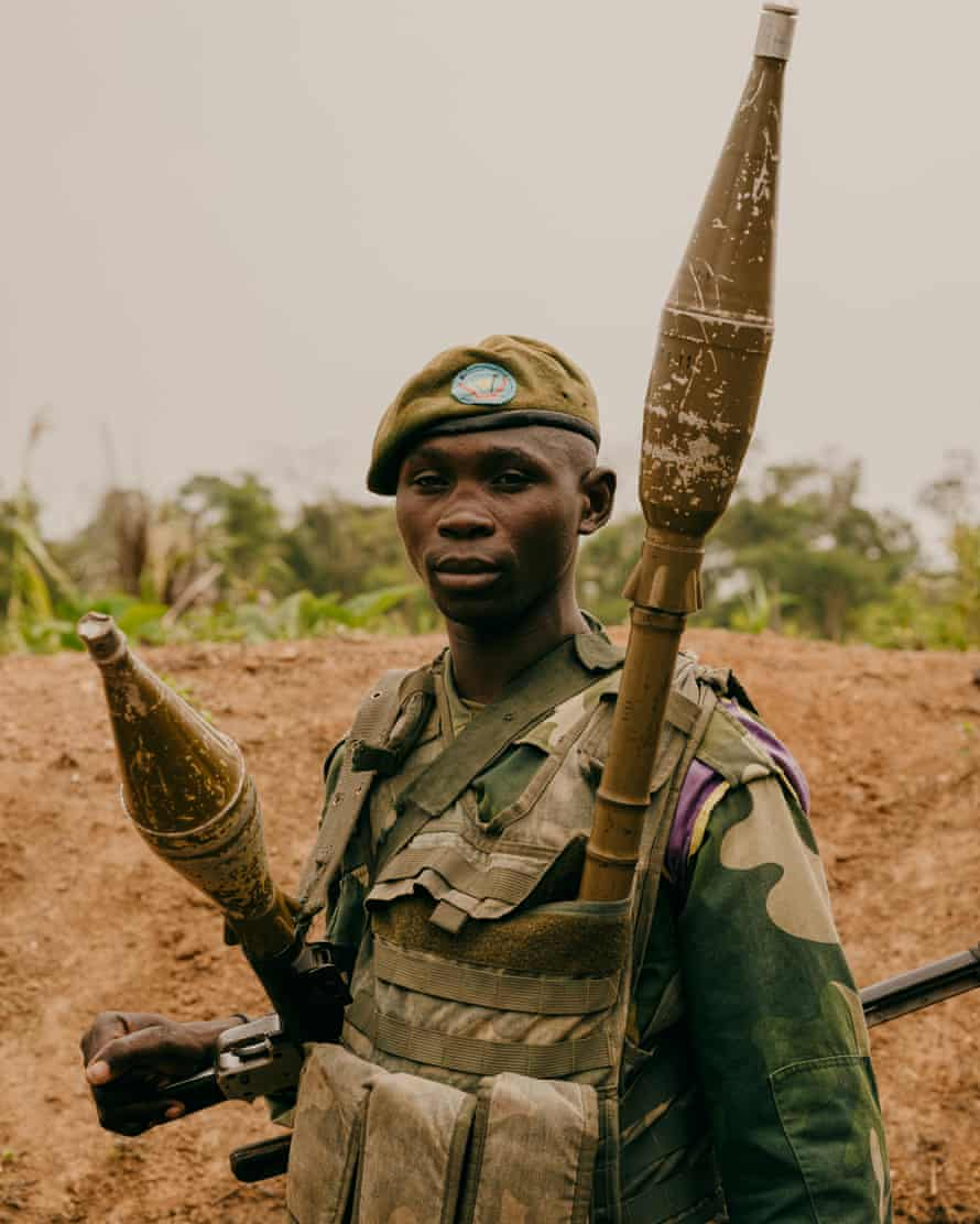 FARDC soldier in the Mayangose forest north of Beni