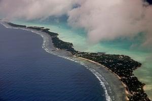 Rising sea level in Kiribati