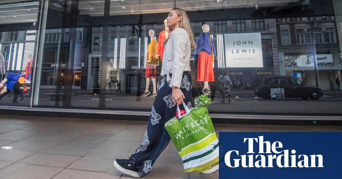 Waitrose announces further cutback on single-use plastic bags