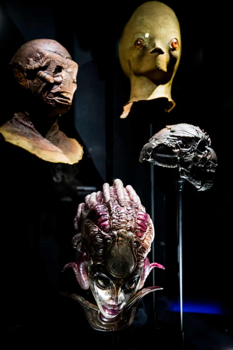 A selection of alien heads.