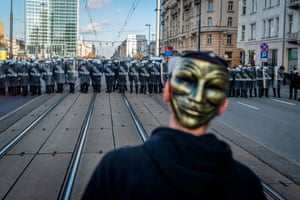 Warsaw, Poland, Police clash with demonstrators against coronavirus restrictions