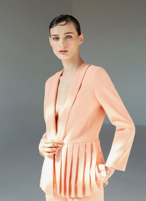 Uterque's peach pleated blazer.