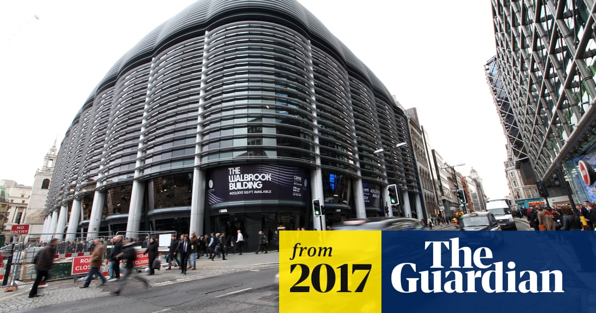 Giant US fund manager to shake up UK investment market by halving