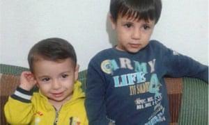 Alan Kurdi, left, and his brother Galib Kurdi.