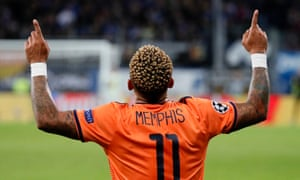 Memphis Depay is not happy about his treatment at Lyon.