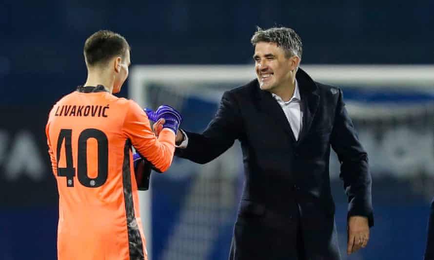 Zoran Mamic celebrates with the goalkeeper Dominik Livakovic after the win against FK Krasnodar