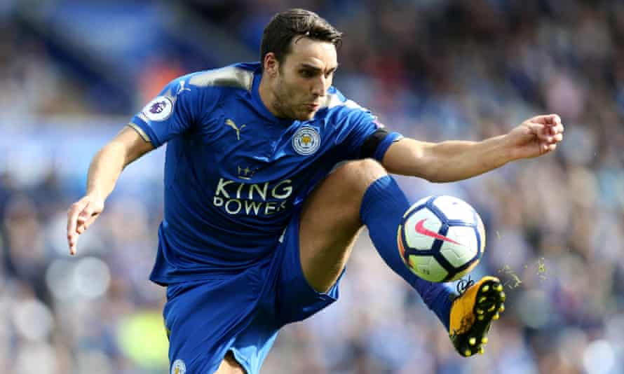 Matty James in action for Leicester City in 2017.