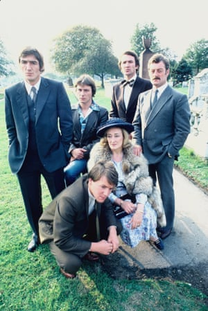 Derrick O'Connor, Eamon Boland, Larry Lamb, Bernard Hill, Elizabeth Spriggs and Ray Winstone in Fox, 1980.