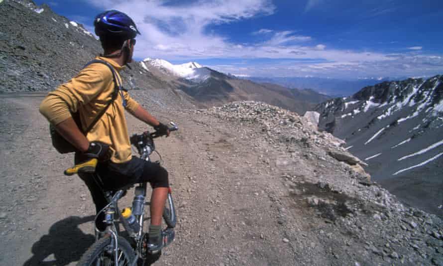 Mountain bike touring in Ladakh, India