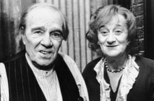 Liz Smith with Max Wall in We Think the World of You, 1988.