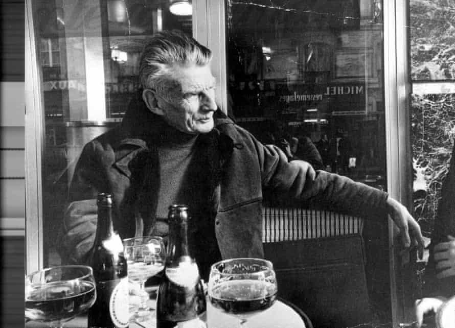 Beckett in a Paris cafe.