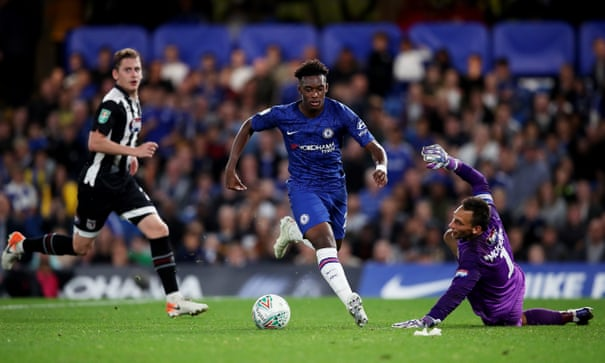 Lampard urges Hudson-Odoi to learn from Sterling and queries Leeds award