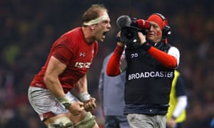 Wales's captain Alun Wyn Jones was an inspiration against England.