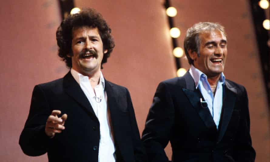 Bobby Ball, left, and Tommy Cannon performing in 1982.