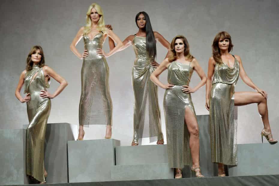 Carla Bruni, Claudia Schiffer, Naomi Campbell, Cindy Crawford and Helena Christensen; Versace, SS18
