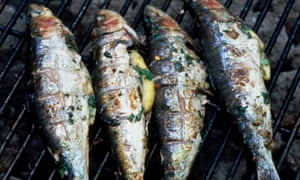 Corsican white wine A Casetta goes perfectly with grilled fish.