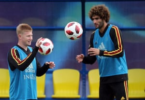 Kevin De Bruyne with Marouane Fellaini during training with Belgium.