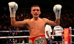 And still... Lee Selby retains his title.