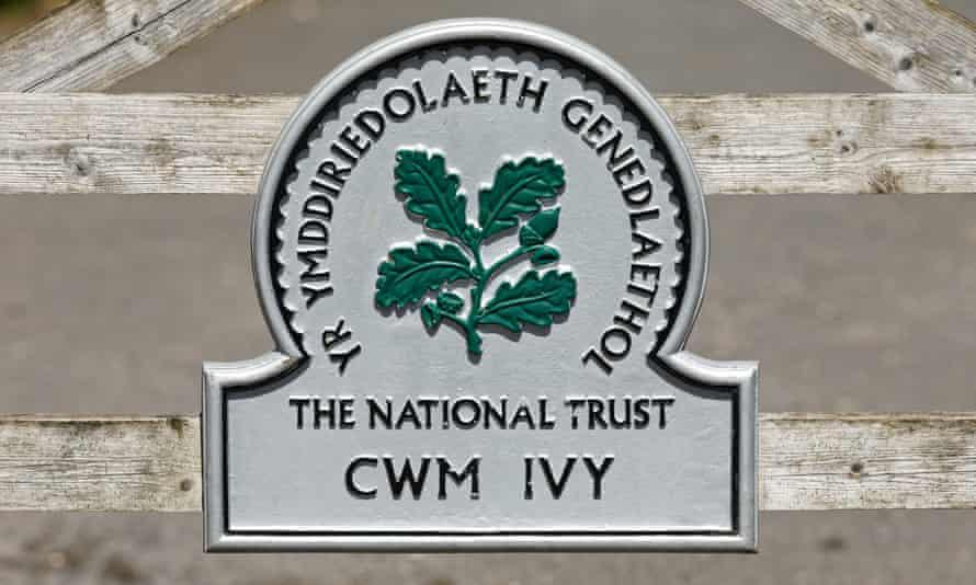 Cwm Ivy sign