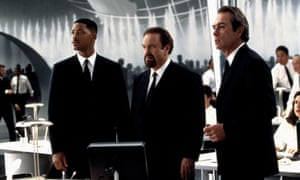 Rip Torn, centre, with Will Smith, left, and Tommy Lee Jones in Men in Black, 1997.