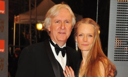 Cameron with his wife Suzy Amis, 2010.