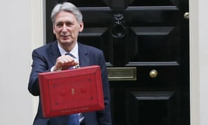 British Chancellor Of The Exchequer Philip Hammond Holds The Budget Box<br>LONDON, March 8, 2017 (Xinhua) -- British Chancellor of the Exchequer Philip Hammond holds the budget box as he leaves 11 Downing Street to deliver the budget to Parliament, in London, Britain on March 8, 2017.   PHOTOGRAPH BY Xinhua / Barcroft Images  London-T:+44 207 033 1031 E:hello@barcroftmedia.com - New York-T:+1 212 796 2458 E:hello@barcroftusa.com - New Delhi-T:+91 11 4053 2429 E:hello@barcroftindia.com www.barcroftimages.com
