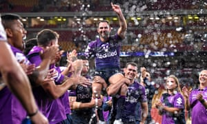 Cameron Smith is chaired from the field