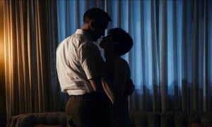 Ryan Gosling and Claire Foy in First Man.