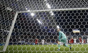 David de Gea watches Portugal's Cristiano Ronaldo score his side's third goal from a free-kick to make it 3-3.