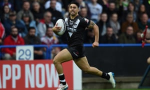 Shaun Johnson playing for New Zealand