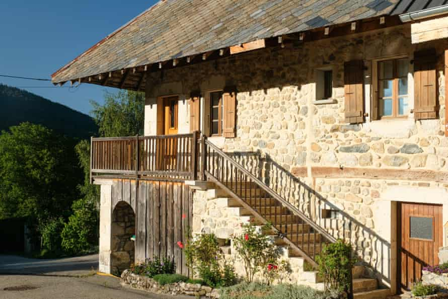 Accommodation: Au Crêt du Bois, French Alps.