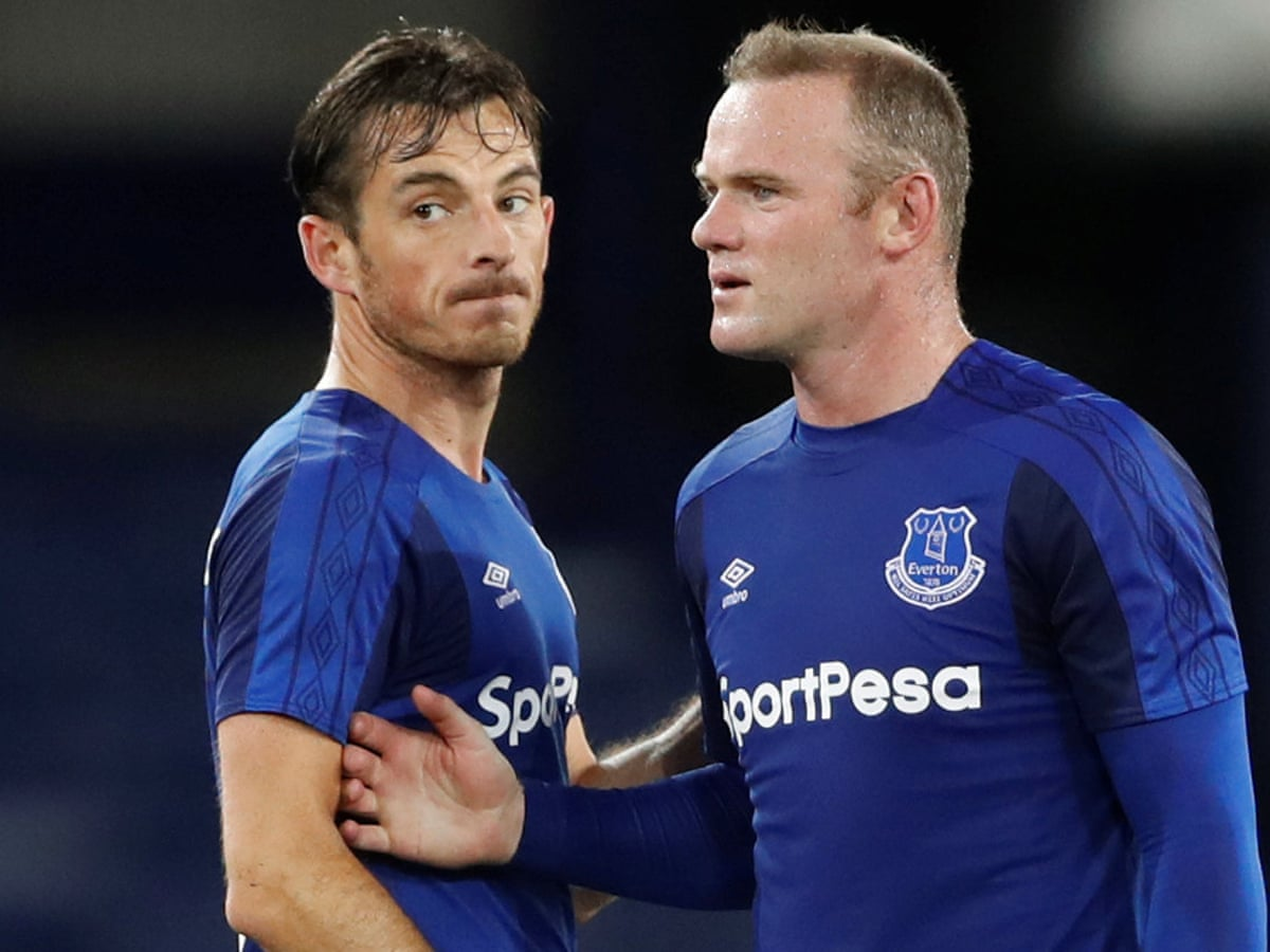 Leighton Baines Says Wayne Rooney Can Help Everton End