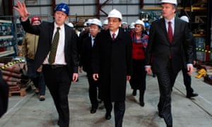 Li Keqiang, now Chinese premier, visits the Pelamis Wave Power factory in 2011.