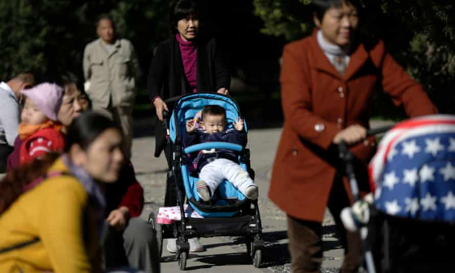 China is to abolish its one-child policy and allow all couples to have two children.
