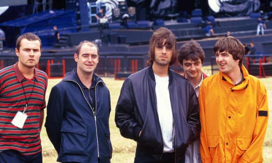 Oasis; L-R: Alan White, Paul 'Bonehead' Arthurs, Liam Gallagher, Paul 'Guigsy' McGuigan, Noel Gallagher - posed, group shot