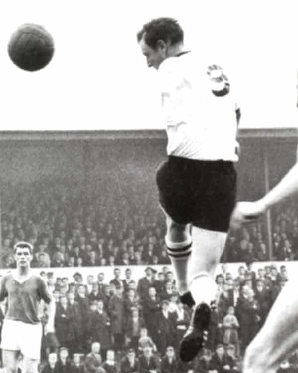 Jimmy Hasty in action for Dundalk in the early 1960s.