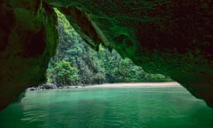 The Emerald Cave (Tham Morakot).