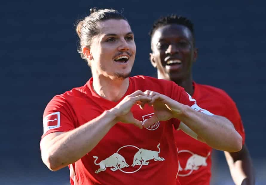 Marcel Sabitzer celebrates after his long-range strike put RB Leipzig ahead.