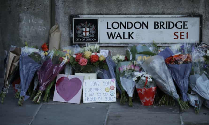 Tributes at London Bridge after the attack