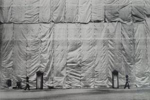 Buckingham Palace facade, London, 1970