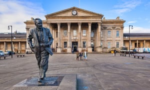Huddersfield station, with statue of Harold Wilson.