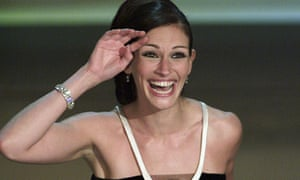 Julia Roberts making her winner's speech after taking the Oscar win for best actress for Erin Brokovich