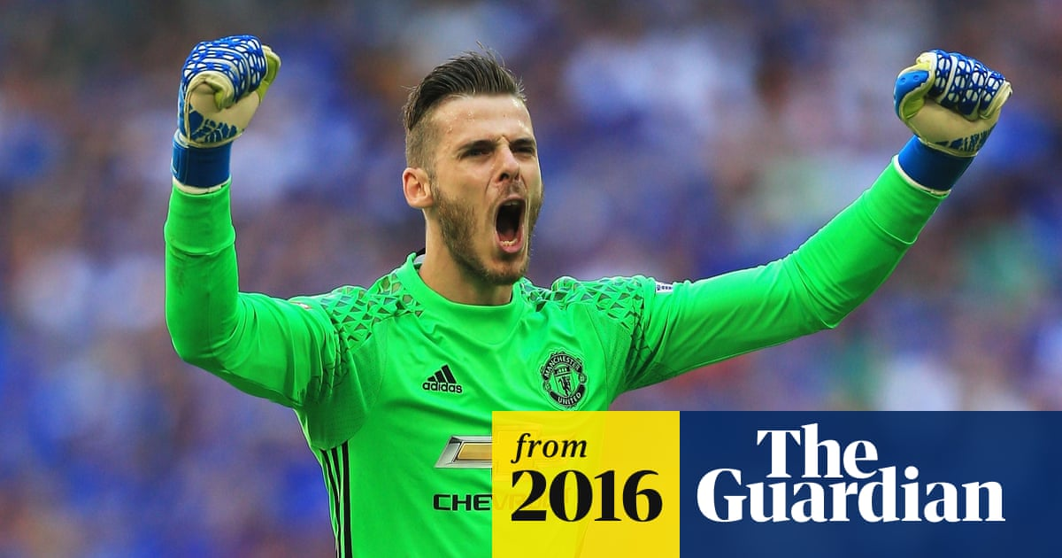 26d9d5f870b David de Gea: 'Zlatan is very big. He's even more imposing in real life  than on TV'
