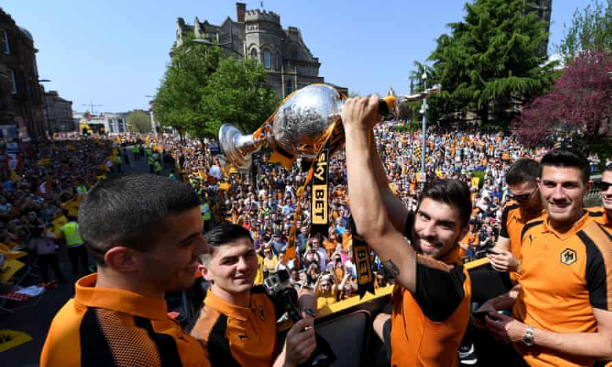 Rúben Neves of Wolverhampton Wanderers with the trophy