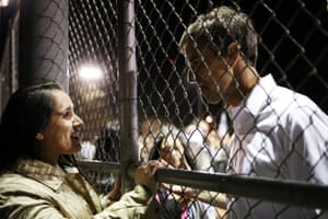 Beto O'Rourke talks to a supporter