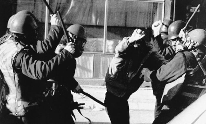 How Milosevic stripped Kosovo's autonomy - archive, 1989